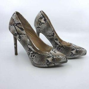 Report Tashi snakeskin print heels size 7.5